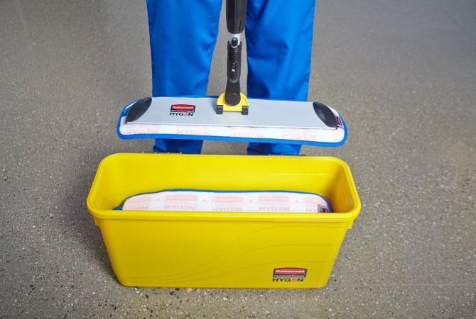 Rubbermaid Hygen Microfiber Mop Charging Bucket
